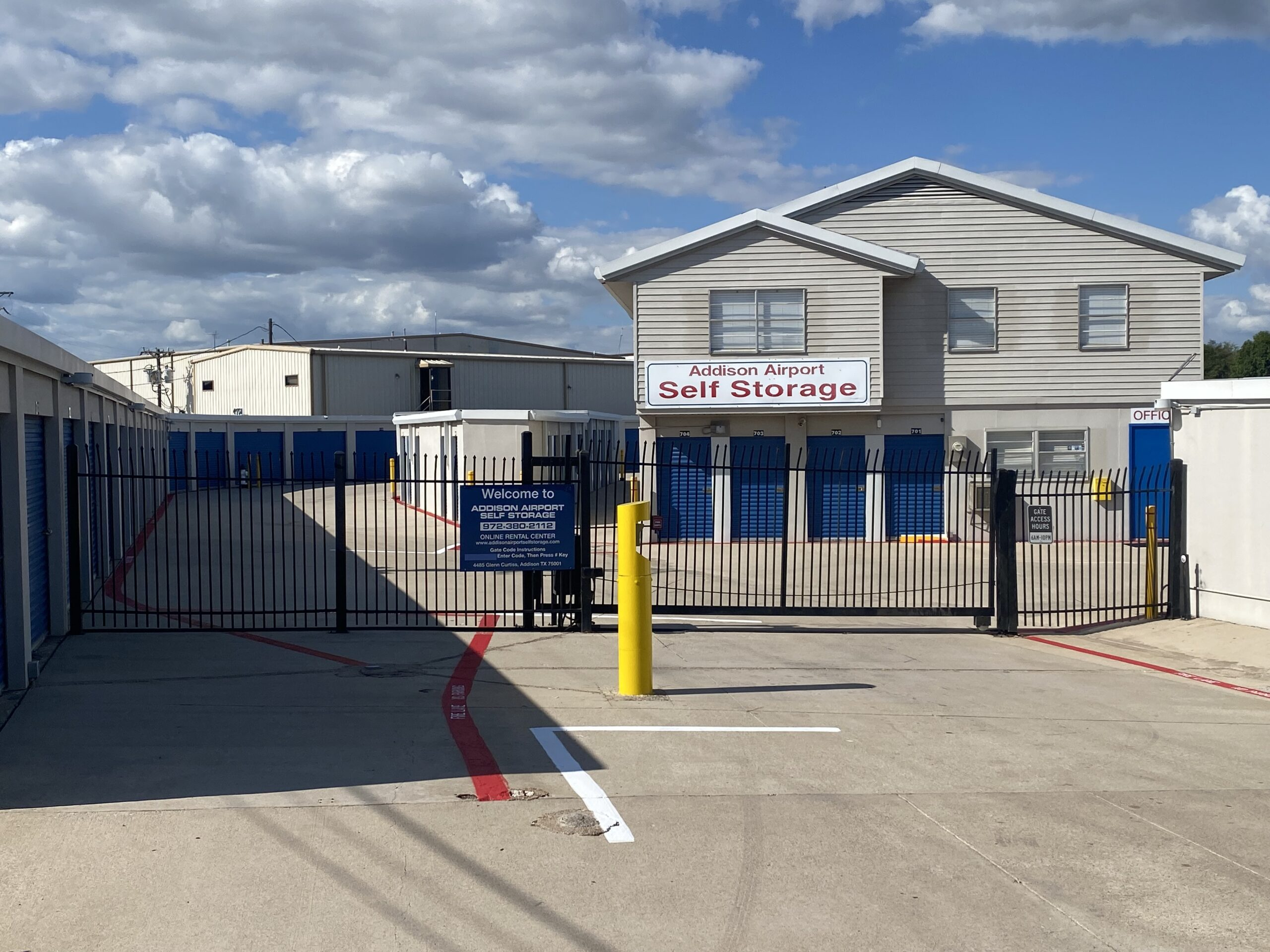 Addison Airport Self Storage - Self Storage Facility For Sale by The Karr Self Storage Team in Texas